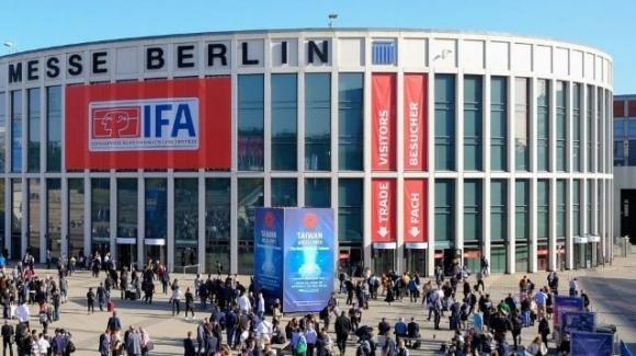 Fiera IFA di Berlino (anche) con televisori da 200 pollici