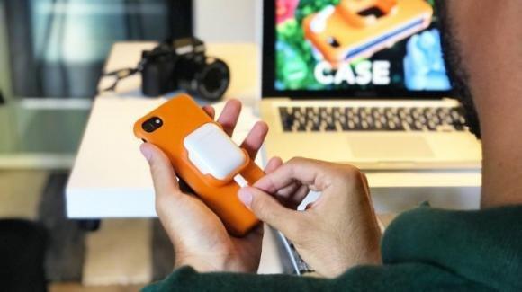 Earoo iPhone Case: come non smarrire gli AirPods grazie ad una iPhone cover ecologica