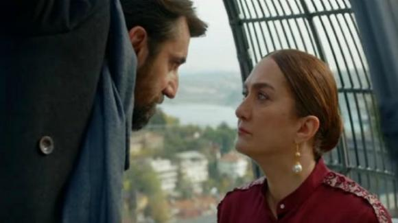Bitter Sweet, anticipazioni puntata 11 settembre: Nazli e Ferit costretti a fare terapia di coppia. Hakan ricatta Leman
