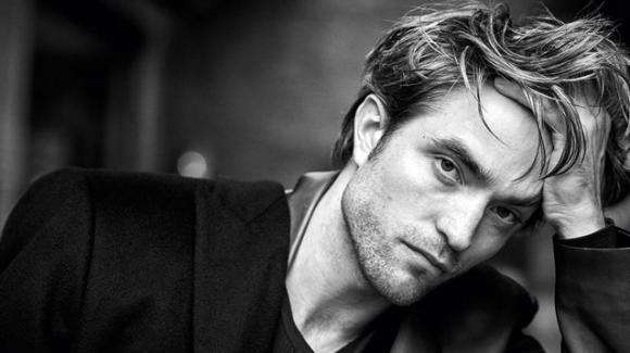 Robert Pattinson non va mai in vacanza: vive con l'incubo di perdere il lavoro