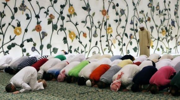 Nel 2100 metà della popolazione italiana potrebbe essere rappresentata da musulmani