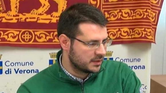 """Deputato della Lega insulta Capo dello Stato: """"Mattarella mi fa schifo!"""""""