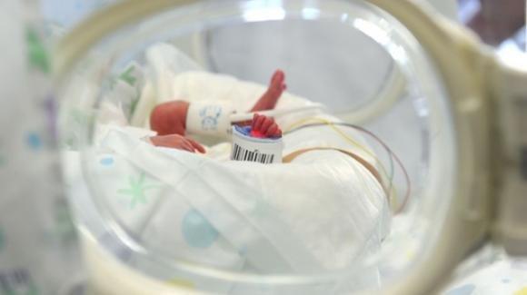 Mamma morta da 117 giorni porta a termine la gravidanza: la bambina sta bene