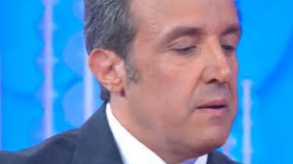 Vieni Da Me, Flavio Insinna racconta un episodio che commuove Caterina Balivo