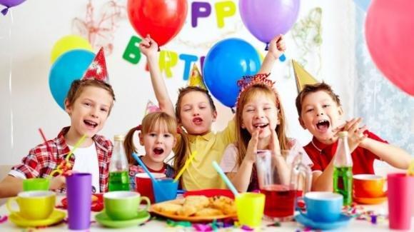 Festeggiare il compleanno dei bambini è importante, lo dice la psicologia