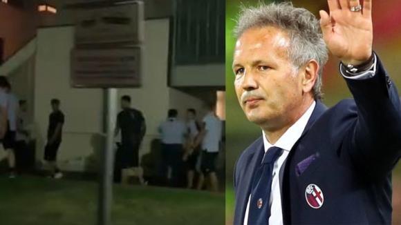 La sorpresa dei giocatori del Bologna a Mihajlovic: cori per lui sotto l'ospedale