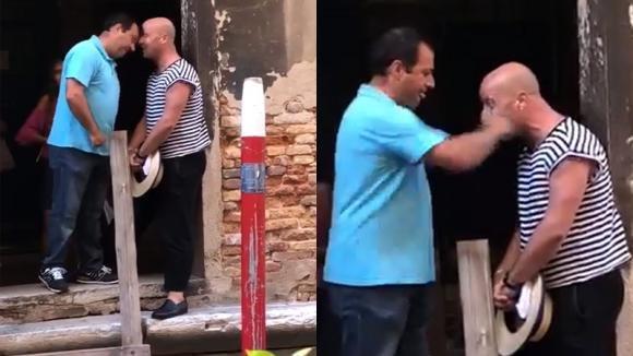 """Venezia, gondoliere preso a pugni e testate da un turista: """"Non mi ha concesso un selfie"""""""