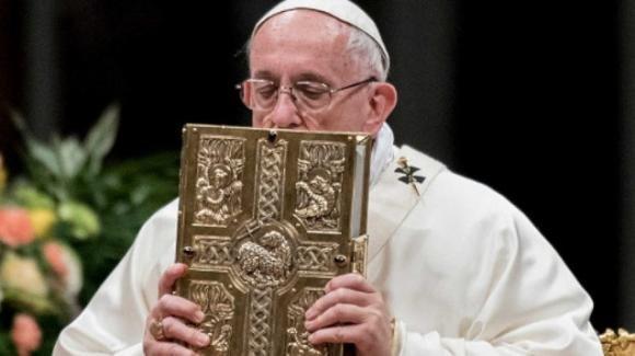 Papa Francesco: con 'Motu proprio' istituisce la Domenica della Parola di Dio