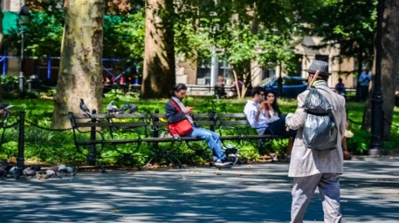 USA, New York: 24enne uccide a sprangate quattro senzatetto