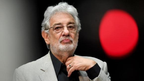 Placido Domingo si dimette dal ruolo di direttore artistico della Los Angeles Opera