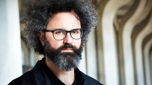 Verissimo, anticipazioni: Simone Cristicchi dopo un grande dolore è diventato un artista