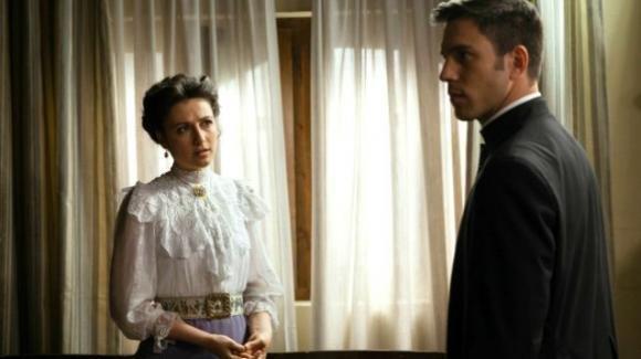 Una Vita, anticipazioni puntata 14 ottobre: Padre Telmo fa un'importante scoperta su Lucia