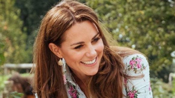 Kate Middleton mostra i piedi: il drastico cambio di look lascia senza fiato