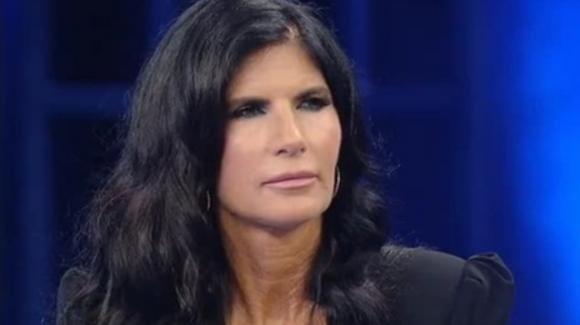 """Non è l'Arena, Pamela Prati ritorna a parlare di Mark Caltagirone: """"Sono stata una cretina"""""""