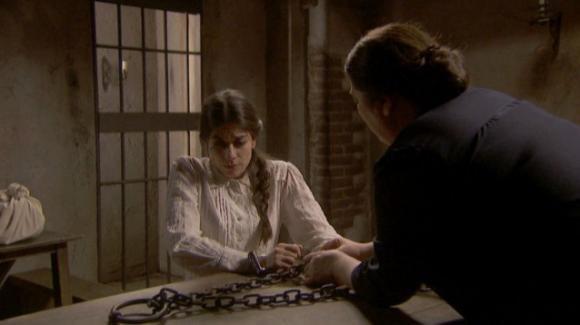 Il Segreto, anticipazioni 23 ottobre: Antolina ritorna e fa arrestare Elsa per adulterio