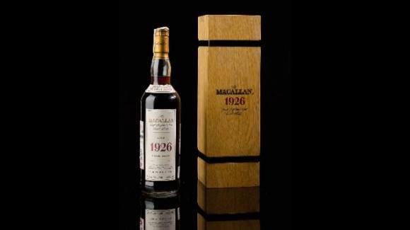 Londra: un whisky da 1.9 milioni di dollari. Il Macallan ha battuto ancora il record