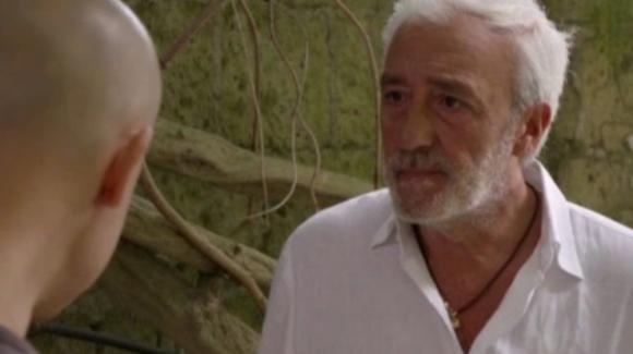 Un Posto al Sole, puntate dal 28 ottobre all'1 novembre: Raffaele va in carcere da Diego