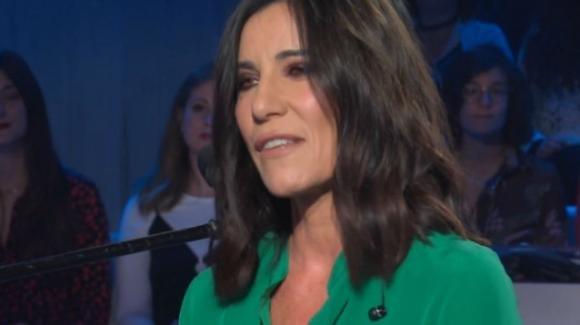 """Domenica In, Paola Turci racconta a Mara l'incidente: """"Per due anni mi hanno tolto vetri dalla faccia"""""""