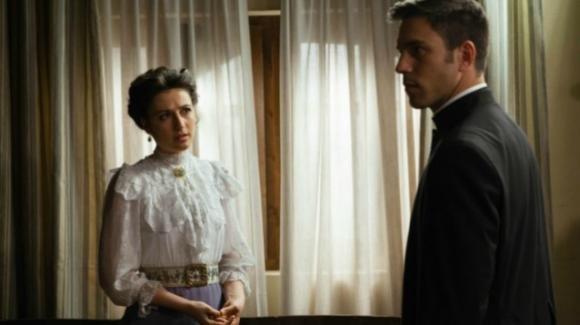 Una Vita, anticipazioni del 6 novembre: padre Telmo rischia il carcere, Lucia si riavvicina a Samuel