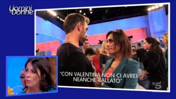 """Uomini e donne over, Valentina chiude con Simone: """"Non mi devi prendere per il c**o"""""""