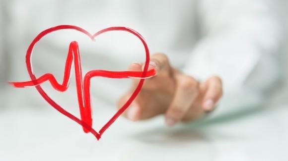 Saltare la colazione e cenare troppo tardi sono due pessime abitudini per la salute del cuore