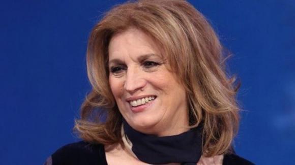 """Iva Zanicchi, ospite a """"Verissimo"""", ammette: """"Volevo tradire mio marito"""""""