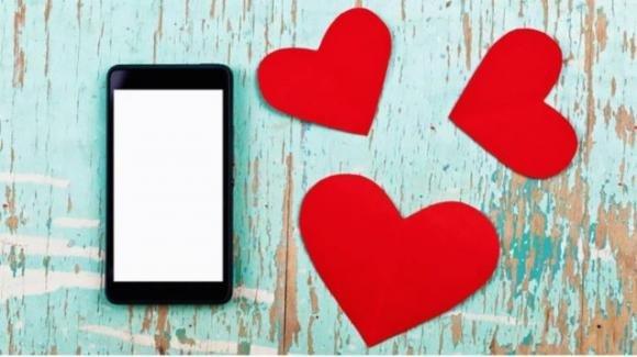 SMS di S.Valentino arrivano 8 mesi dopo sugli smartphone