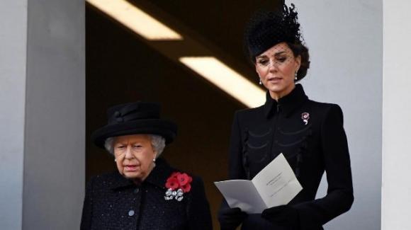 Remembrance Day, la spilla di Kate ha un significato speciale