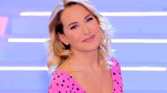 Paola Caruso è tornata single, arrivano le accuse choc a Domenica Live