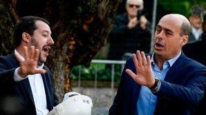 Matteo Salvini critica Nicola Zingaretti impegnato nell'assemblea del Partito Democratico