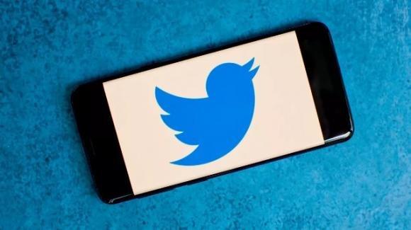 Twitter: avviata la sperimentazione per la programmazione dei tweet