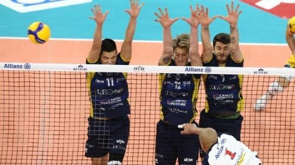 Superlega volley maschile: Modena batte Milano 3-0 fuori casa