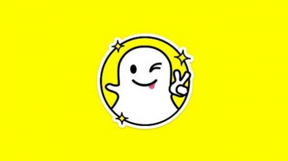 Snapchat: attivo il filtro Time Machine ed il team anti-disinformazione. In arrivo le news