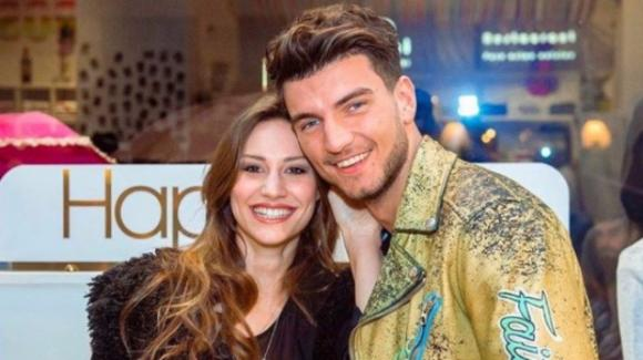 Uomini e Donne: Beatrice Valli in dolce attesa? Alcune foto sembrerebbero confermare
