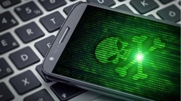 Android Alert: pericoloso bug alle app fotocamera, spyware Ginp ruba dati
