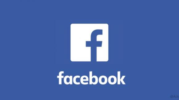 Facebook: iniziative sul gaming, dark mode sul social, polemiche su privacy e fake news