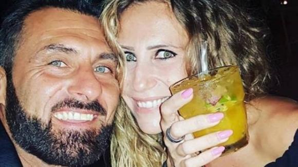 Ursula Bennardo e Sossio Aruta ad un mese dalla nascita della piccola Bianca
