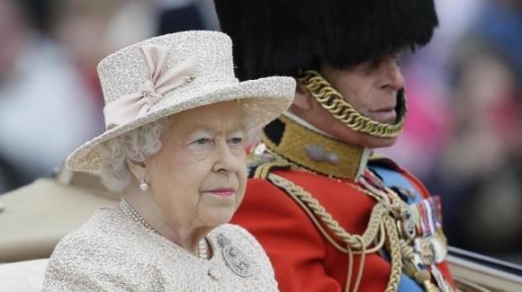 """Royal Family: le rivelazioni shock di Caprarica a """"Vieni da me"""""""