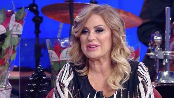Maurizio Costanzo Show, Tina Cipollari ha commentato lo scherzo de Le Iene: Simona Ventura si è complimentata