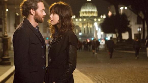 Oltre la Soglia, Mediaset cambia la programmazione: rischio chiusura nonostante le proteste dei telespettatori