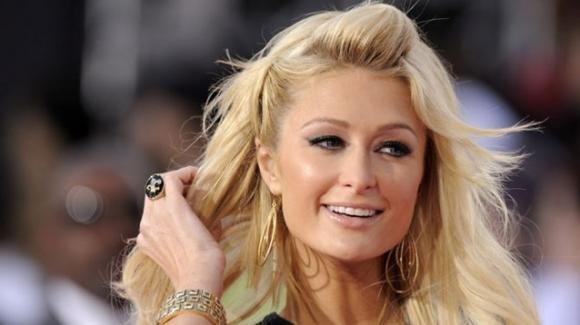 Paris Hilton confessa di provare vergogna per il celebre video hot
