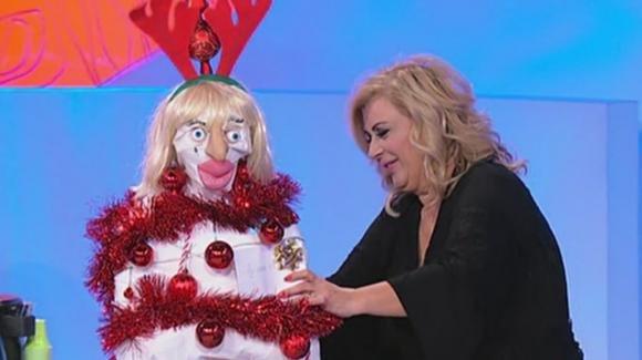 U&D over, il nuovo scherzo di Tina Cipollari a Gemma Galgani: la mummia di Natale