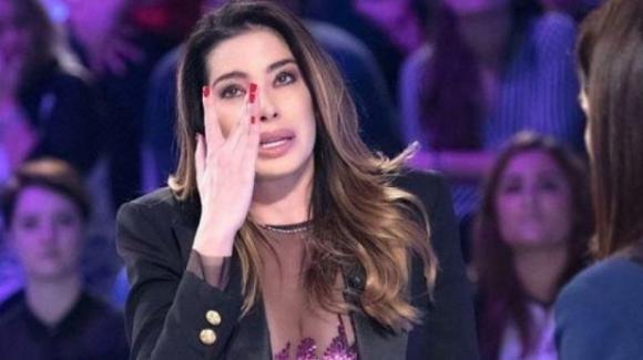 """""""Verissimo"""": Aida Yespica parla del difficile momento che sta vivendo con il figlio"""