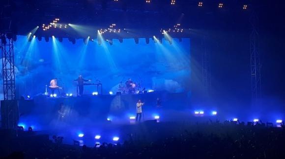 Bari: Coez chiude il suo tour con un sold out sul palco del Palaflorio