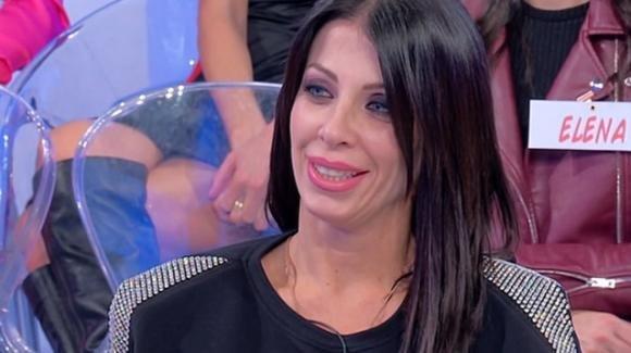 Uomini e Donne over, Valentina Autiero in crisi dopo l'ennesima delusione e bersagliata sul web