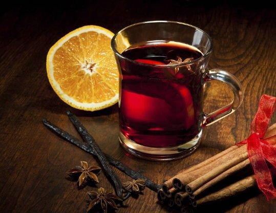 Il vino uccide i germi responsabili del mal di gola e della placca dentale, lo dice uno studio