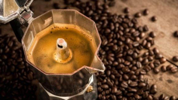 La caffeina è una sostanza che contrasta l'aumento del peso