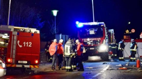 Bolzano, auto travolge la folla: 6 morti e 11 feriti