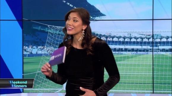 Hope Solo, la superstar del calcio, è incinta di due gemelli