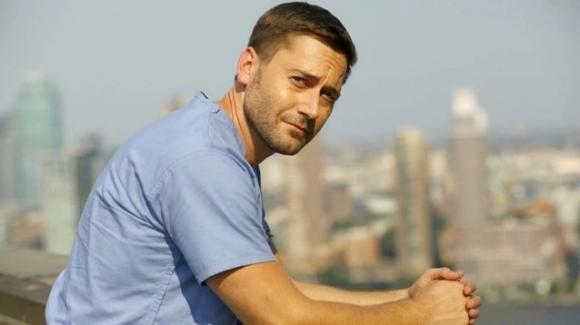 """""""New Amsterdam"""", è ufficiale: la serie tv medicalè stata rinnovata per altre tre stagioni"""